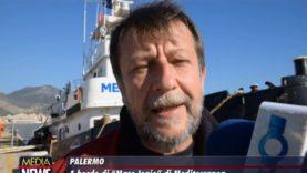 A bordo dell'imbarcazione di Mediterranea, ancorata al porto di Palermo