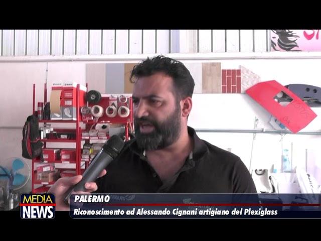 Riconosciumento ad Alessandro Cignani artigiano del Plexiglass