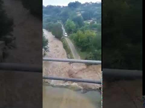 Maltempo in Sicilia, travolto da un fiume di fango: trovato morto un agente penitenziario