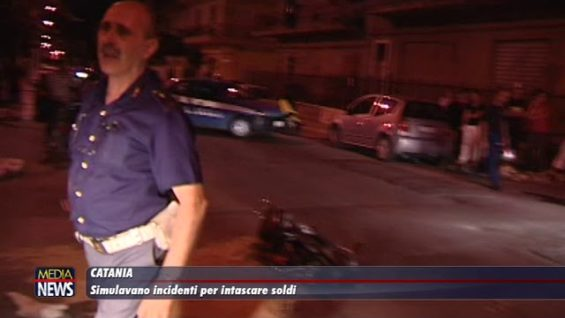 Catania. Simulavano incidenti per intascare i soldi