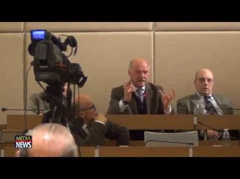 Priolo Gargallo. Indagato il sindaco Pippo Gianni per abbandono di rifiuti tossici