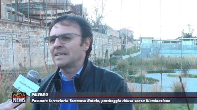 Palermo. Passante ferroviario Tommaso Natale: parcheggio chiuso senza illuminazione.