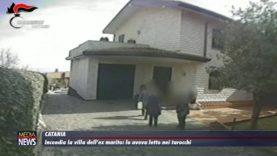 Catania. Incendia la villa dell'ex marito: lo aveva letto nei tarocchi
