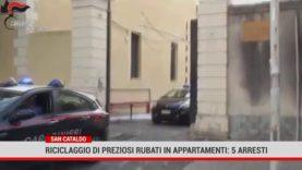 San Cataldo. Riciclaggio di preziosi rubati in appartamenti: 5 arresti