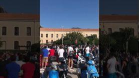 Salvini contestato a Cefalù, cori e fischi contro di lui