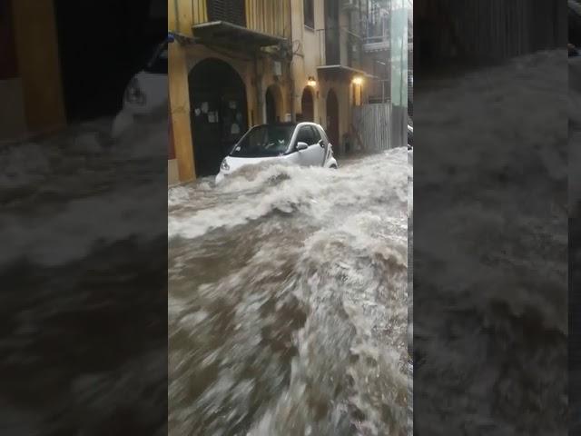 Maltempo a Palermo, incredibile nubifragio si abbatte sulla città