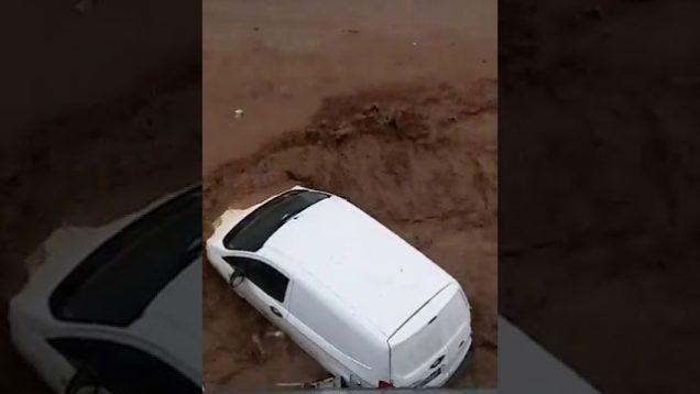 Violento nubifragio si abbatte su Palermo, strade allagate e città sott'acqua
