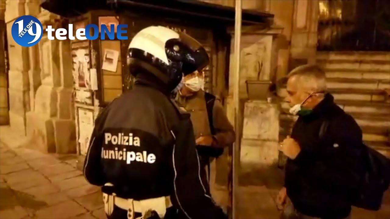 Palermo – Corteo di protesta contro il nuovo DPCM, ai Quattro Canti bombe carta e lacrimogeni