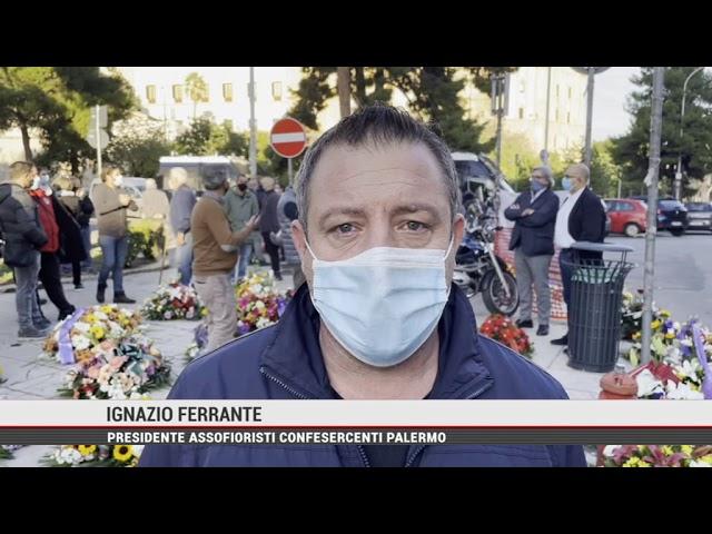 """Palermo. La protesta dei fiorai all'Ars: """"Avete ucciso il settore"""""""
