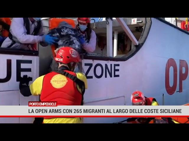 Porto empedocle. La Open Arms con 265 migranti al largo delle coste siciliane