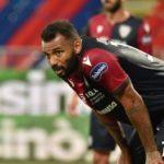 Cagliari torna al successo, Crotone battuto 2-0