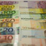 La pandemia impoverisce gli italiani, -1.650 euro a famiglia