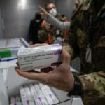 Vaccino, arrivate a Pratica di Mare 430mila dosi di AstraZeneca