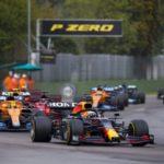 Verstappen vince a Imola su Hamilton e Norris, Leclerc 4°
